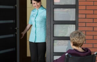 Care home carer and resident | Care Home Advice